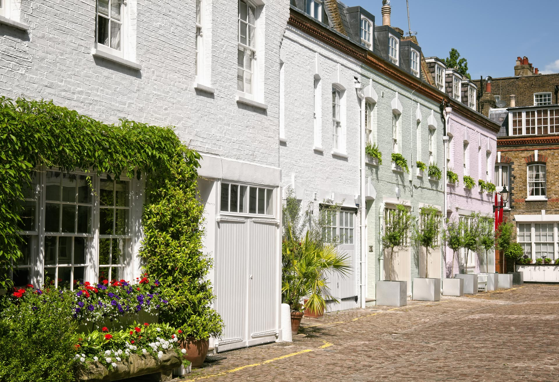 Exterior Painters and Decorators in London