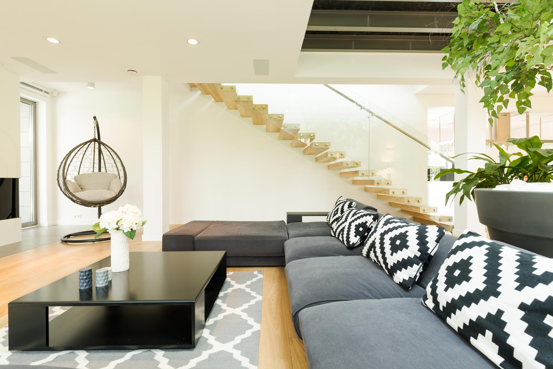 Interior Painters And Decorators In London Image